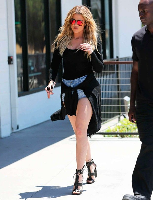 11 Looks Da Khloé Kardashian Por Aí