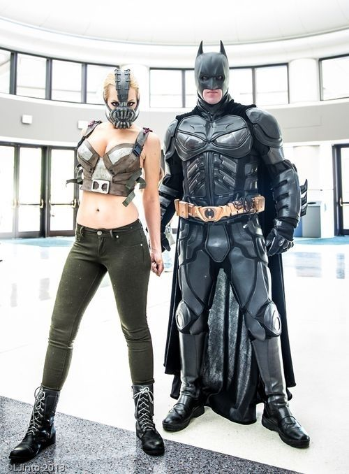 Nolan's Dark Knight and gender-swap Bane would totally win best couple anywhere they went | Community Post: 20 Cosplays So Awesome It Makes You Wonder Why You Try