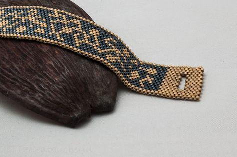 Ein Buch über Schmuck, und was daraus entstanden ist........: Peyote Armband Damascene Floral
