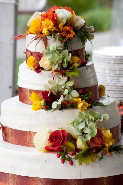 red orange and yellow wedding cakes 32 best images about brown green and orange wedding on 19136
