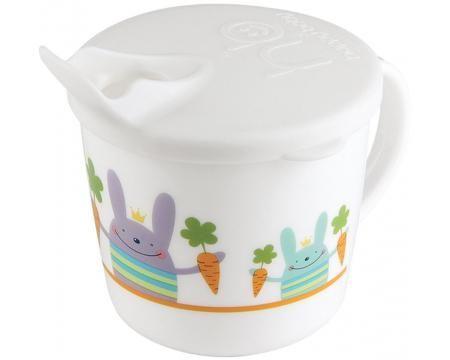Happy Baby Чашка тренировочная с крышкой TRAINING CUP, с 8 мес  — 269р.  Кружка с крышкойHappy Baby– это прекрасная возможность научить малыша пить самостоятельно. Крышка имеет специальный носик для питья, который поможет ребёнку комфортно перейти от бутылочки к кружке. Удобная ручка разработана специально для маленьких ручек малыша. Без крышки можно использовать как обычную кружку. Забавные рисунки понравятся вашему малышу, и он с удовольствием будет пить из такой яркой кружки…