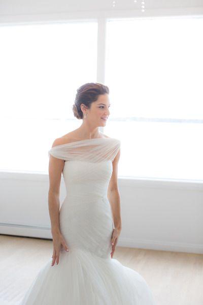 Best 25+ Wedding dress bolero ideas on Pinterest | Lace fishtail ...