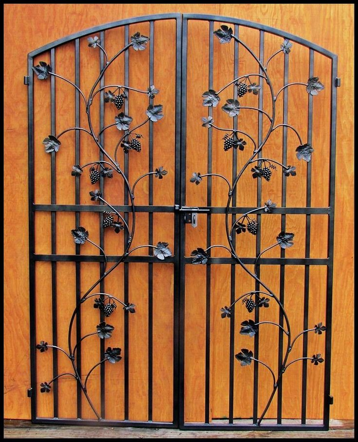 Grapevine Wrought Iron Wine Cellar Door Gate - Vineyard Winery - Grape Vine Leaf #LEOS