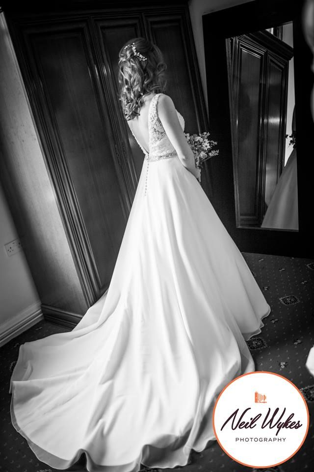 Neil Wykes Photography at www.edinburghbridesweddingguide.com