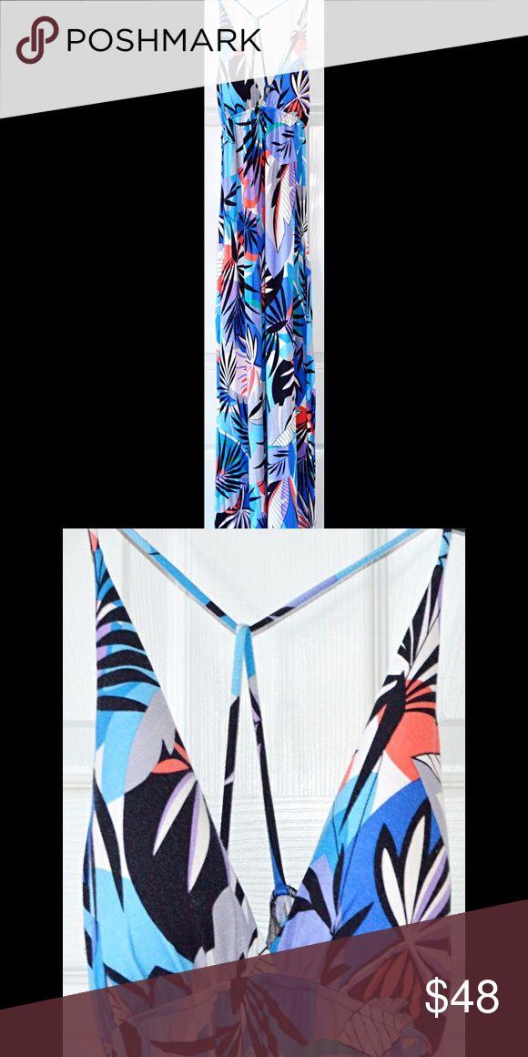 FINAL SALE! Nordstrom Tropical Maxi Dress Crisscross back. Light foam padding. Very comfortable. Felicity & Coco Dresses Maxi