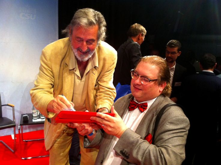 Helmut Dietl gab mir ein Autogramm auf mein iPad.