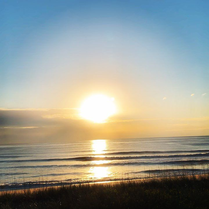 Pictures Of Sunrise Over The Ocean