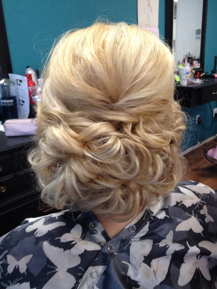 Work by stylist Tammy Drexler Kubenka using Kenra Platinum Hot Spray 20 and Kenra Volume Spray 25. | Kenra Professional Updo Hairstyles