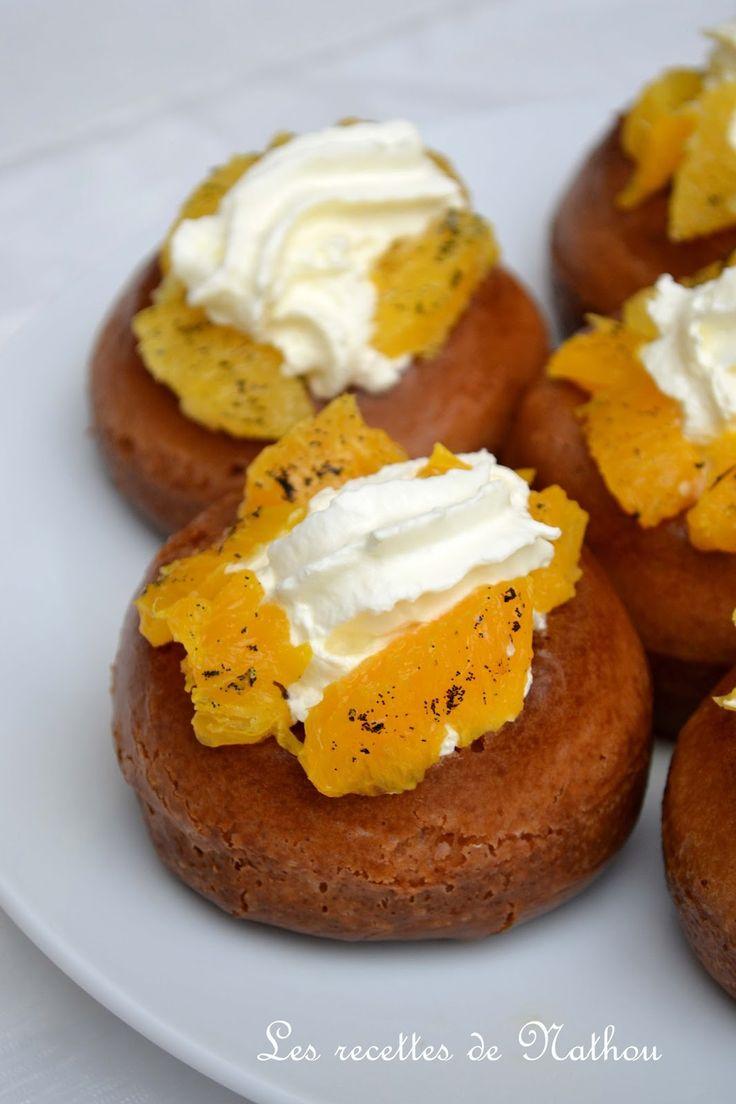 Vous aimez les babas au rhum ?  Je vous les propose garnis de crème fouettée et d'oranges caramélisées à la vanille :-) Et en...