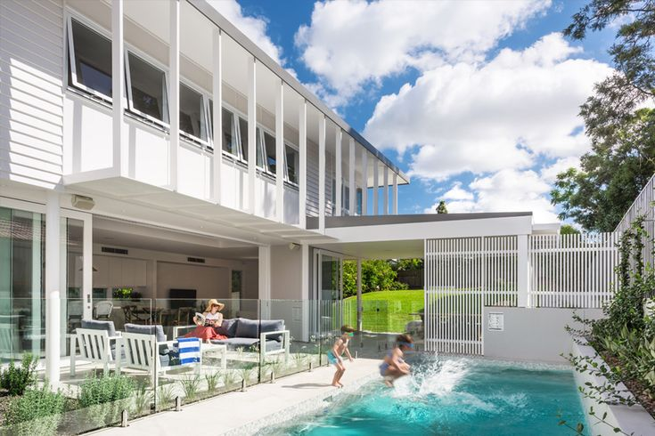 Coorparoo Renovation | Pool and Outdoor Living | Queensland Australia | Smith Architects