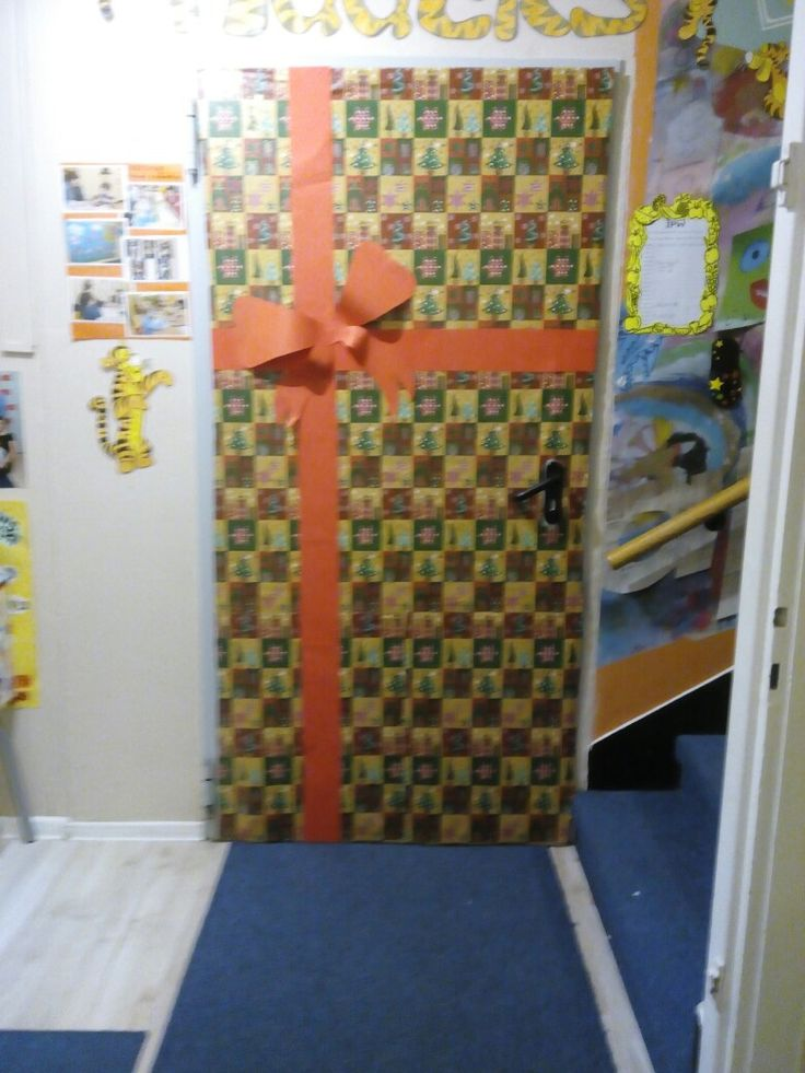 Classes door decoration for christmas!