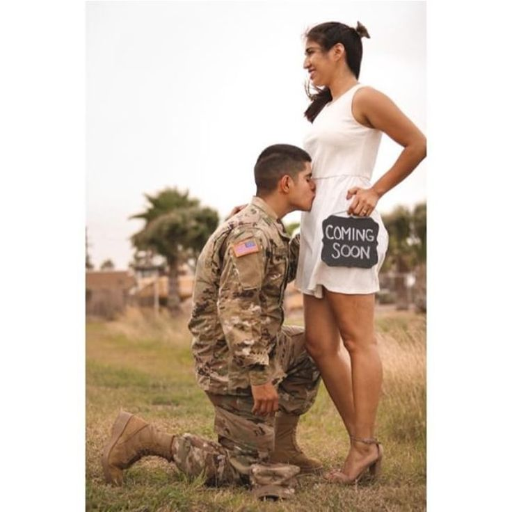 Military | Maternity Photo and Pregnancy Announcement Ideas