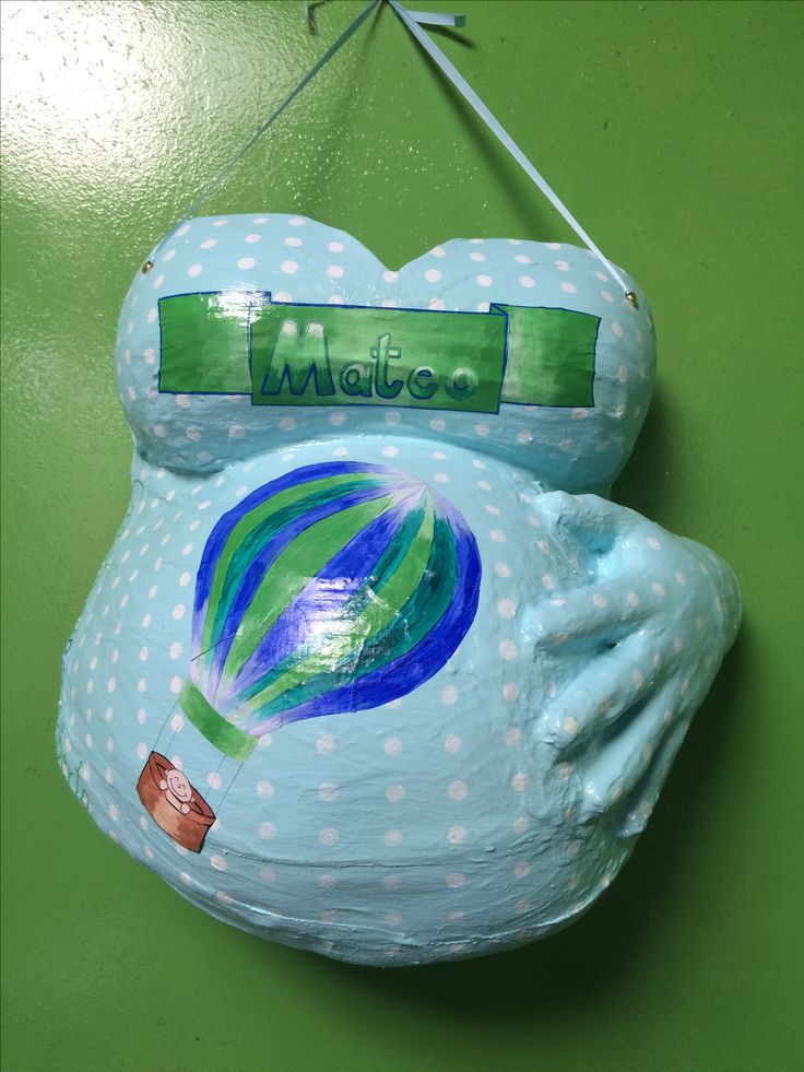 molde de yeso embarazadas pintado
