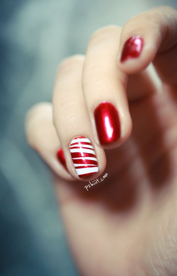Candy Cane Nail Art: Just different sized strips of tape. ♥ this! Other cute nail designs, as well.
