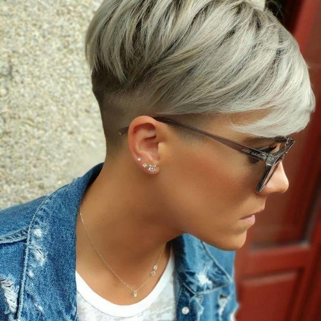 Scharfe neue Looks! Lass Dich heute von diesen 10 Schnitten verführen! – Damen Frisuren