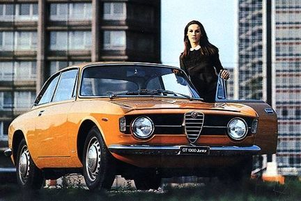 Alfa Romeo GT 1300 Junior: One of my lecturers had one - a pretty little car.
