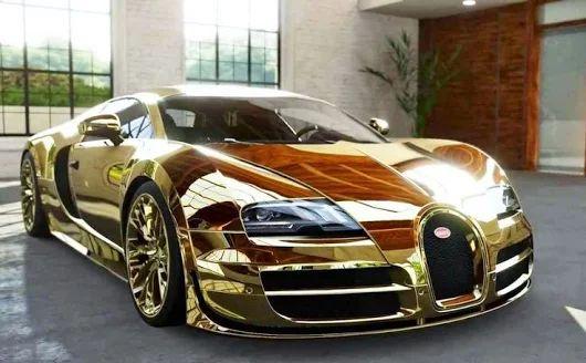 Gold Bugatti Veyron