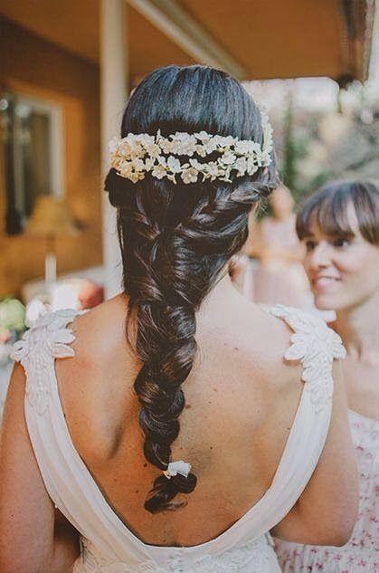Confesiones de una boda: Novias con coronas traseras