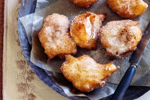 Apple and cinnamon choux fritters main image