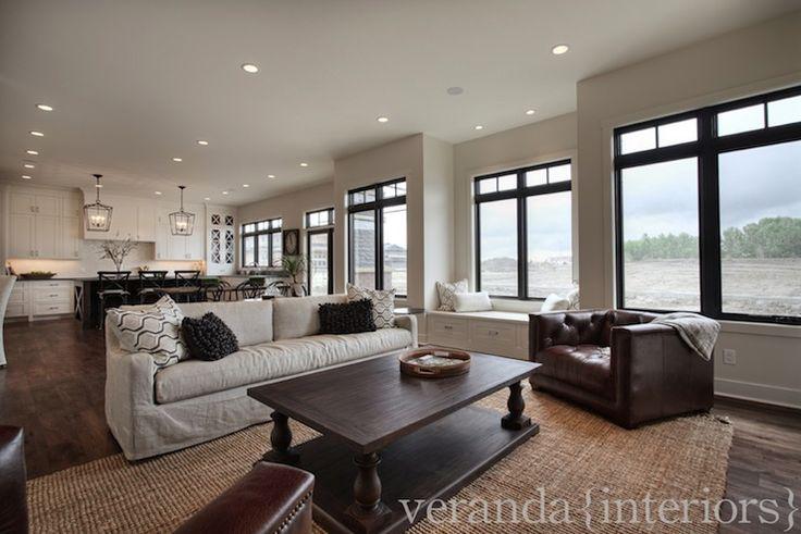 Veranda interiors living rooms belgian slope arm for Veranda living rooms