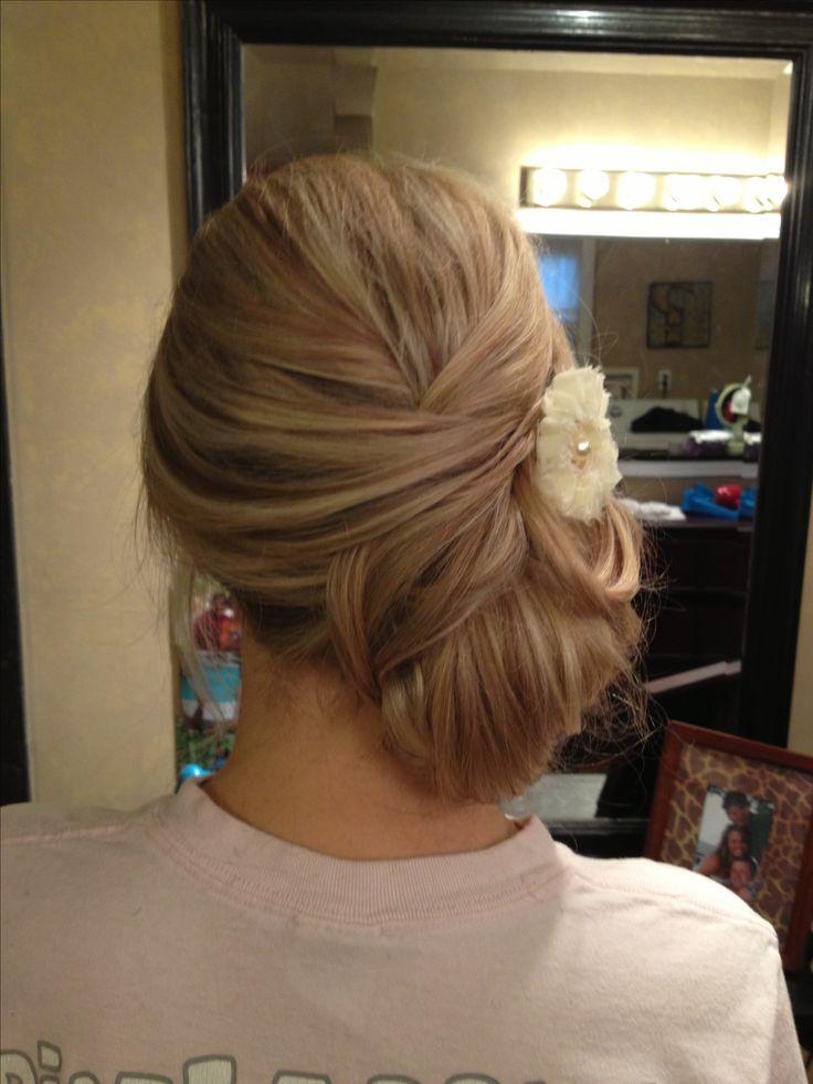 Loose side bun wedding upd-stylist Patti Knick