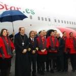 Un avion béni par l'évêque