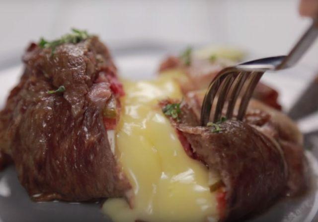 チーズ好きにはたまらない♩とろとろ「カマンベールチーズの牛肉巻き」の作り方