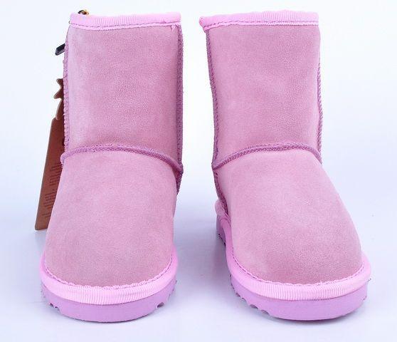 UGG Classic Short Kids Boot 5281 Pink  http://uggbootshub.com/classic-ugg-boots-ugg-classic-short-kids-5281-c-58_64.html