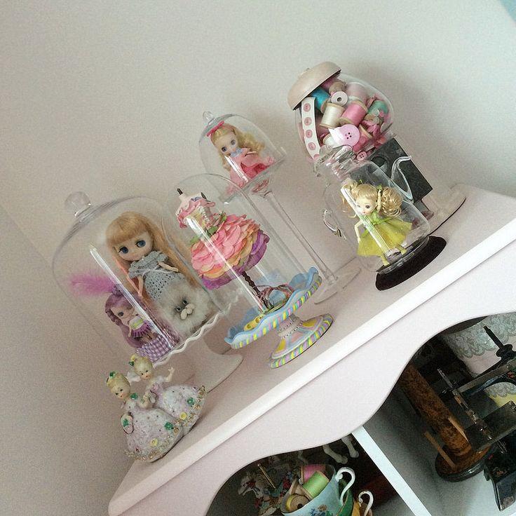 Happy Dolly Shelf Sunday!    by Eenie Q