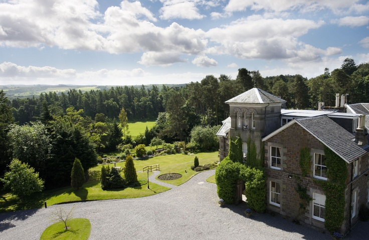Loch Ness Country House Hotel, Inverness - English Countryside Hotels. #hotelrez #travel #Inverness