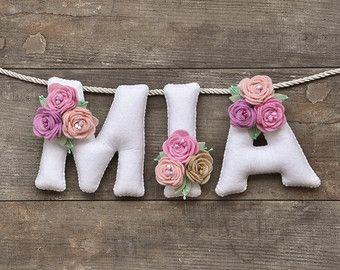 felt name banner with flowers ile ilgili görsel sonucu
