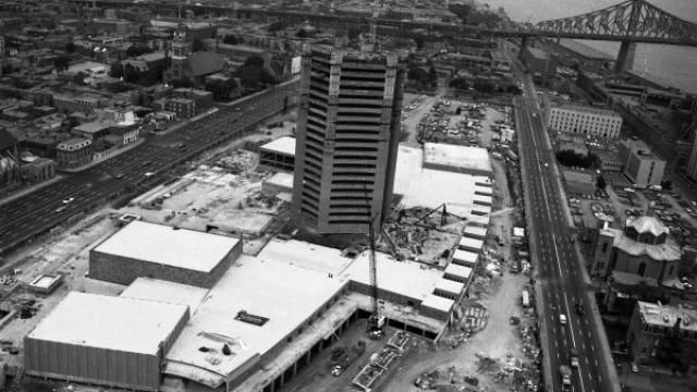 Contruction de la tour de Radio-Canada - 1970