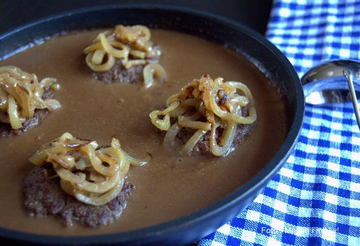 Hakkebøf med løg og brun sauce…