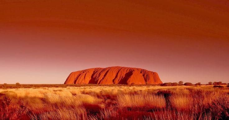 Uluru (Colour Changing Mountain), Kata Tjuta National Park, Australia
