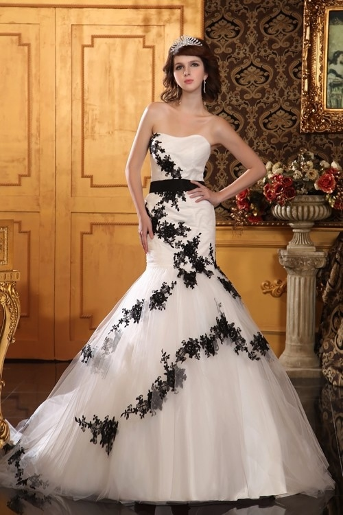 China 'Plus Size Wedding Dresses' Wholesale: tikmovies.ml especially offers wedding dresses to plus size women. Plus size bride can visually see the products' pictures to choose a variety of styles of bridal dresses.