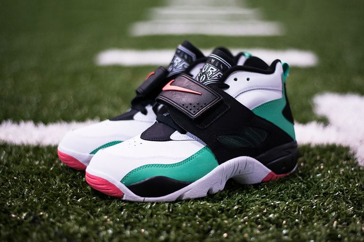 "Nike Air Diamond Turf ""Gamma Green"""