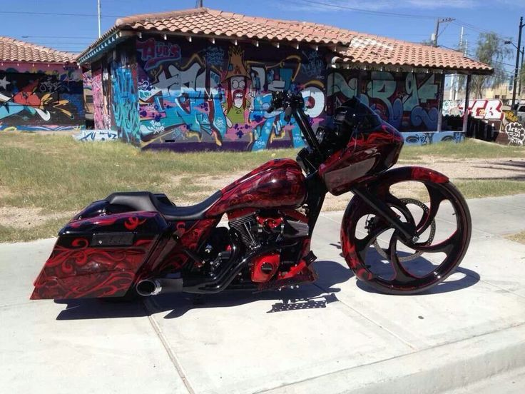 Black n red road glide