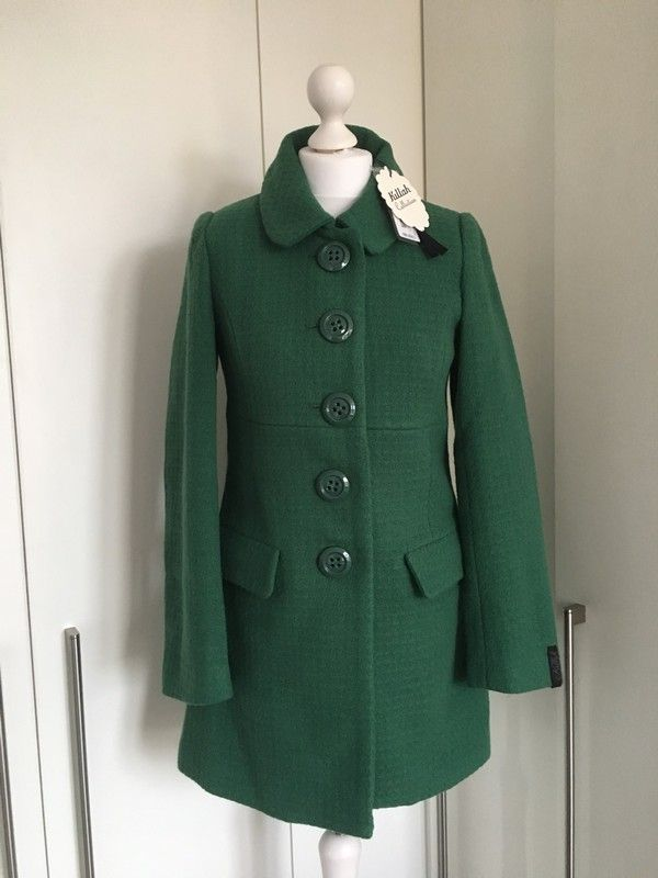 Brand new with tags. #green, #greencoat, #fitted, #winterfashion, #winter, #wintercoat