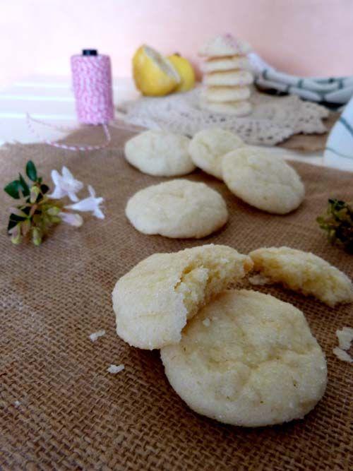 Las galletitas de limón más ricas del mundo! Y además, están cubiertas de azúcar, lo que las deja bien crocantes por fuera y blanditas en el interior.