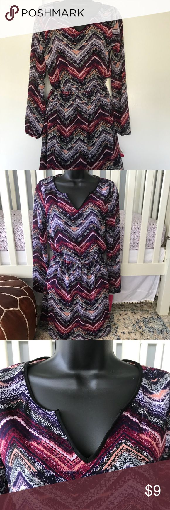 Boho Chevron print dress Super cute boho chevron print dress from Xhiliration. Has black lining underneath. Keyhole cut on back. Elastic on waist and sleeve ends. Brand new with tags. Never worn; excellent condition. Purchased at Target. Really cute with tall boots and leggings!  All offers welcome! Xhilaration Dresses Mini