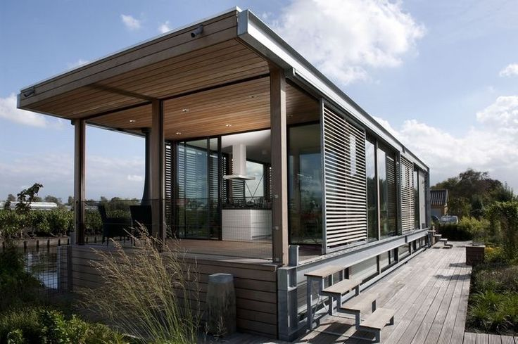 Aalsmeer '10 Houseboat by Dutch company Kodde Architecten