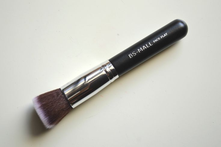 BS Mall Foundation Brush | Top Foundation Brush | Aarushi Jain