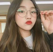 Resultado de imagem para tumblr pictures girl korean rose