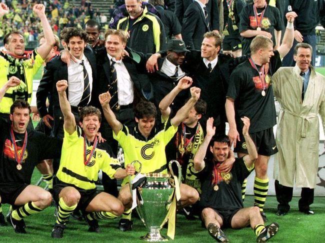 UEFA CHAMPIONS LEAGUE 1997 - Borussia Dortmund