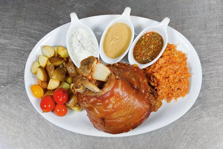 Свиная рулька с тушеной капустой и картофелем, пошаговый рецепт с фотографиями – чешская кухня: основные блюда. «Афиша-Еда»