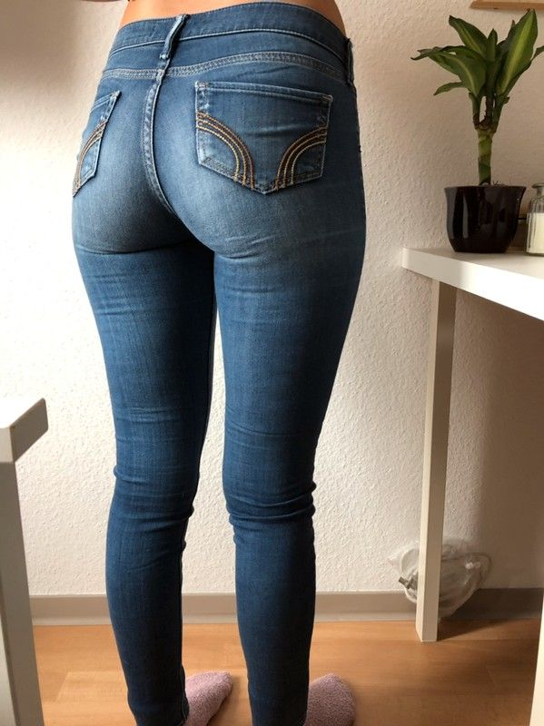 Pin on sexy boots and jeans girls