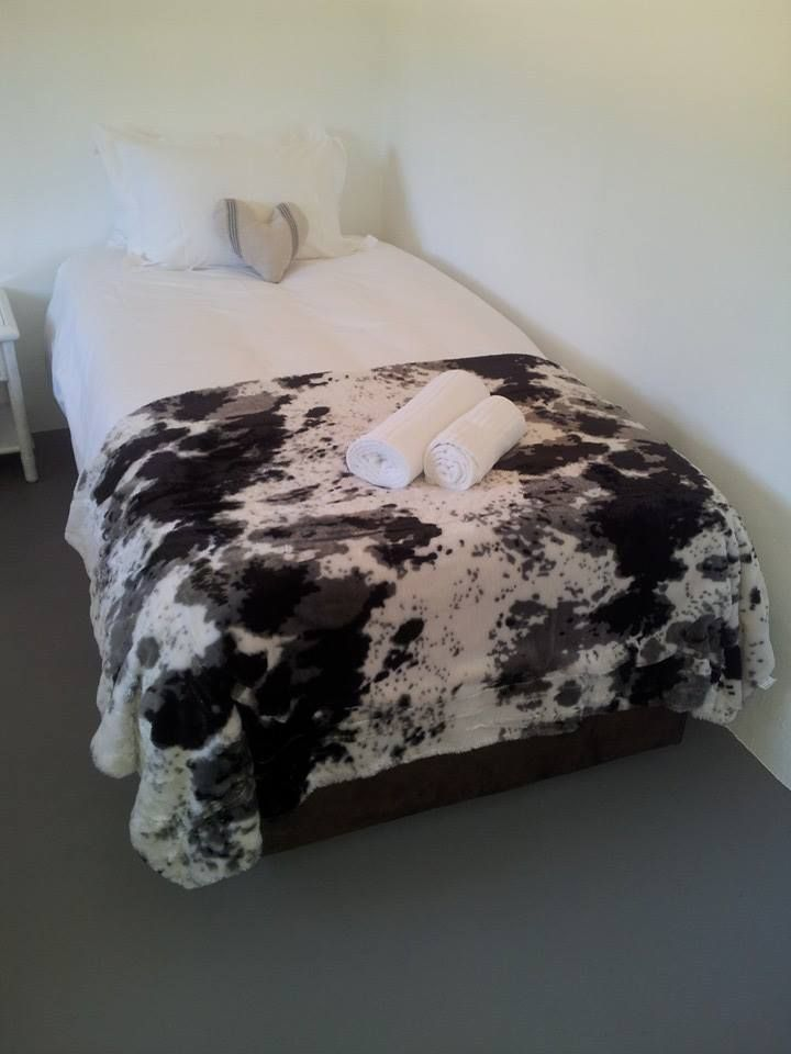 Daisy Cottage is the newest addition to the Waterfall Farm family. http://www.perfecthideaways.co.za/Details/Daisy-Cottage?Itemid=