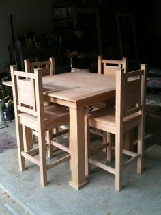 This Person Used Ana Whiteu0027s Free Plans For A Pub Style Table And Vintage  Bar Stools