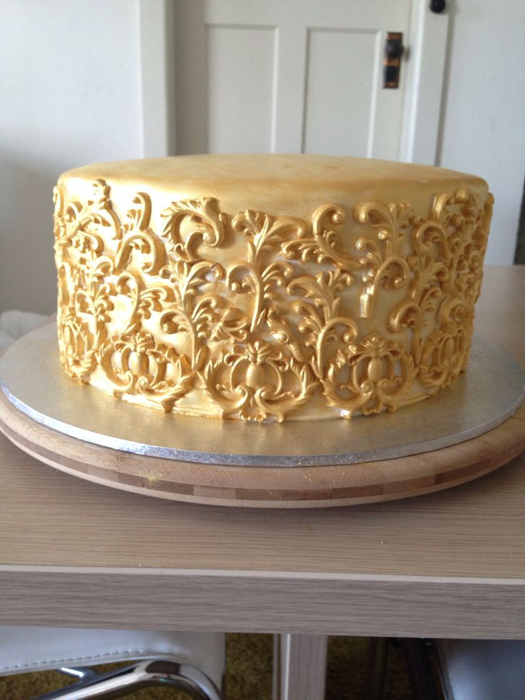 My Gold Baroque Cake