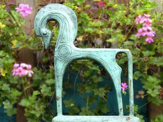 etruskisch paard   VIA CANNELLA WOONWINKEL   CUIJK